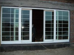 раздвижные пластиковые окна со шпросами