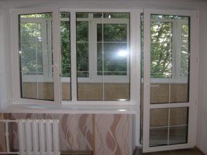 балконный блок со шпроссами