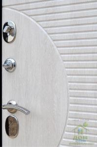 входные металлические двери беленный дуб