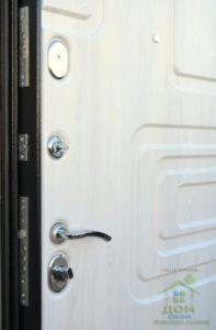 входные металлические двери атлант белая