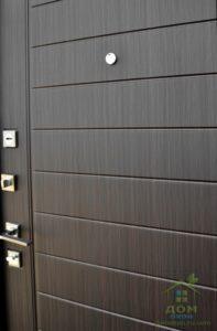 входные металлические двери горизонталь венге