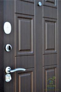 входные металлические двери карат венге