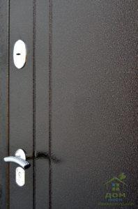 входные металлические двери карат наружная