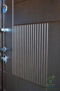 металлическая дверь в дом