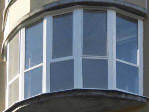 Эркерный полукруглый балкон